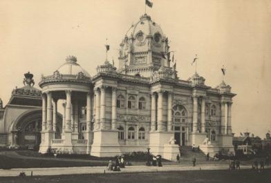Louisiana Purchase Exposition (1904 : Saint Louis, Mo.). Photomechanical prints: black and white.