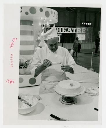 Cake demonstration, no date.